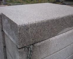 G655 Granite Kerbstone